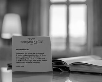 Schweizerhof_LuxurySuite_3.jpg