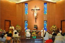 教區主教主持彌撒