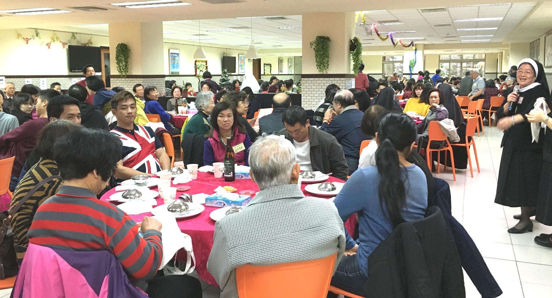7-1B 修女招待來賓午餐共融