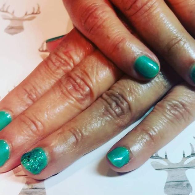 green tinsel.jpg