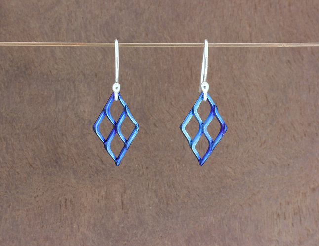 Titanium small mesh vibrant, blue/purple, handmade, diamond dangle
