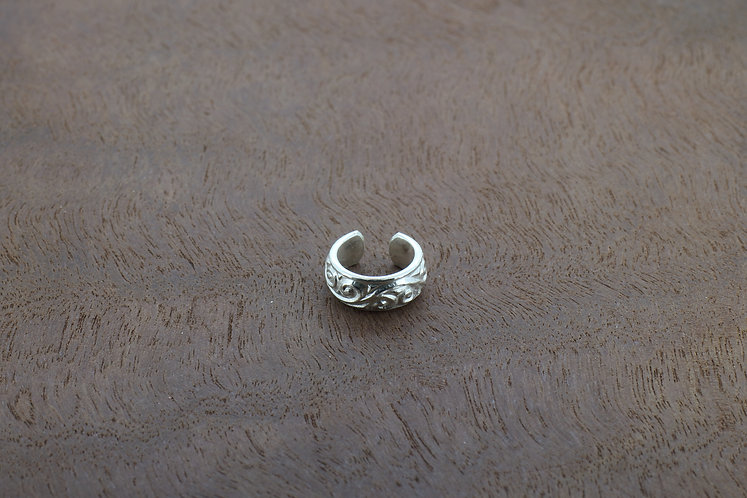 Sterling silver scroll patterned small, handmade ear cuff