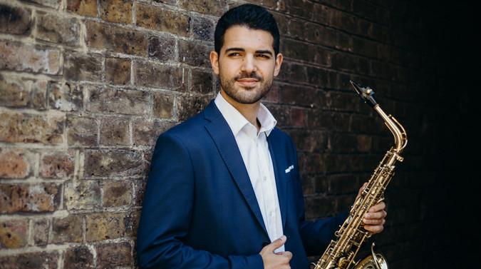 Manu Brazo, saxophone