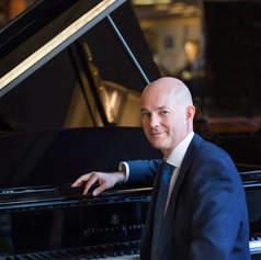 Charles Owen, piano