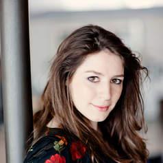 Elizabeth Watts, soprano