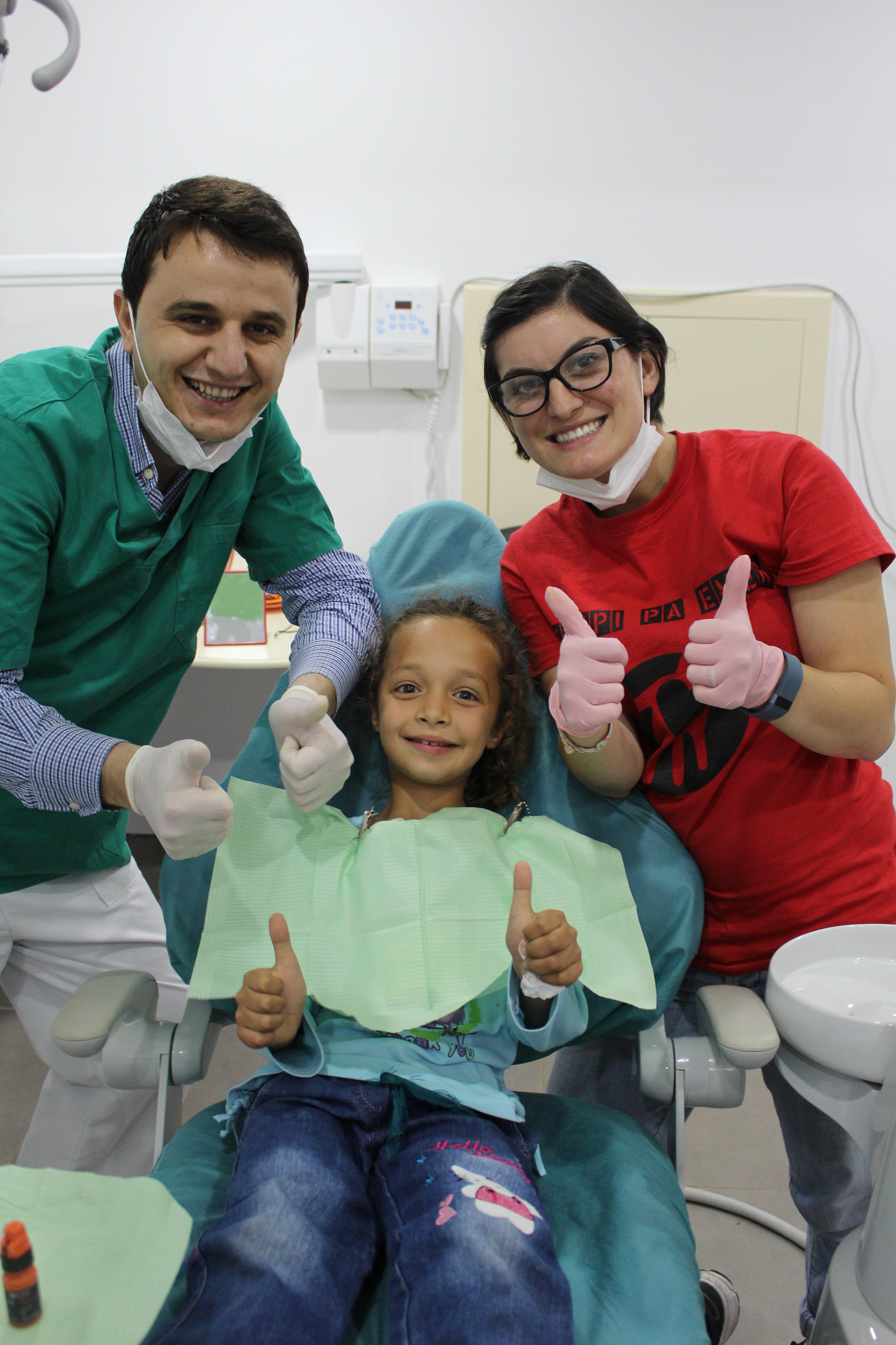 Thumbs up for Luisa's teeth