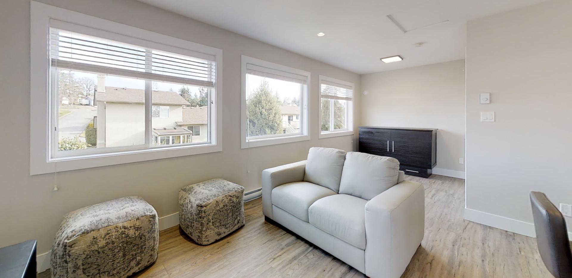 4251-Pullet-Pl-Living-Room.jpg