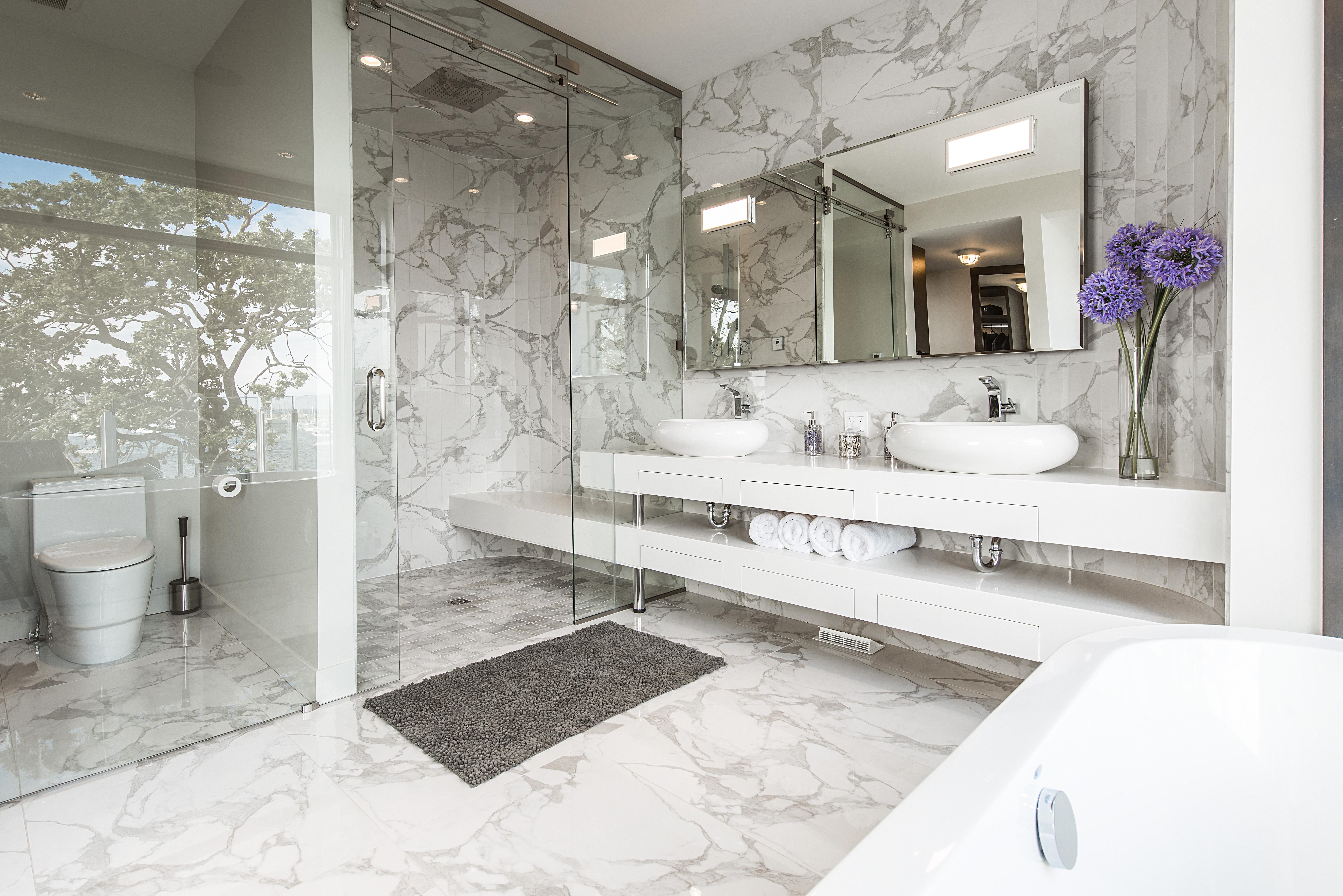 Somass - Bathroom