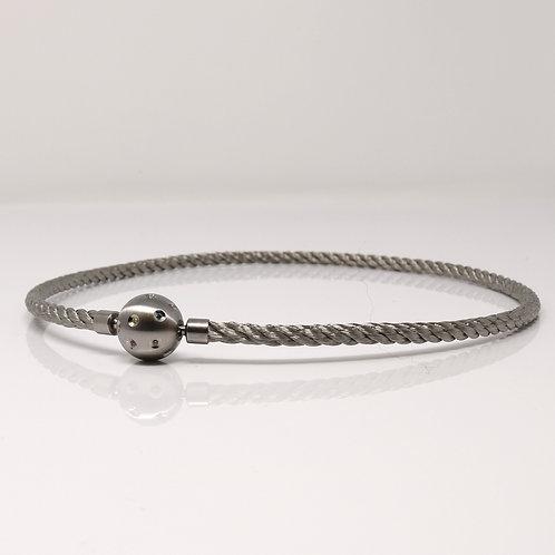Joerg Heinz Necklace Collection