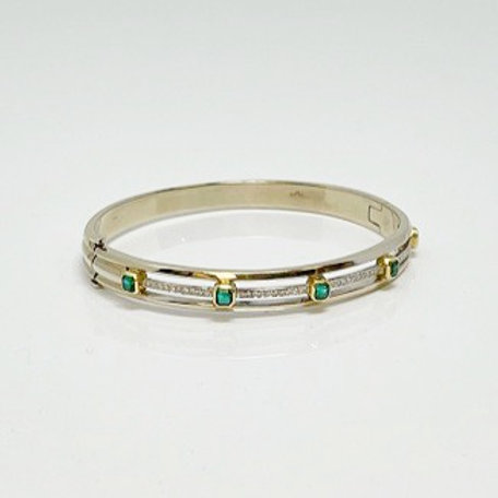 Lady's Bangle Bracelet