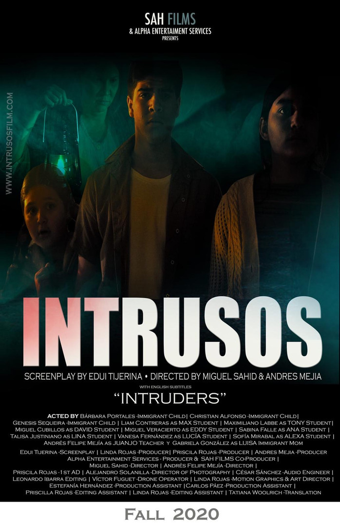 Intrusos Short Film
