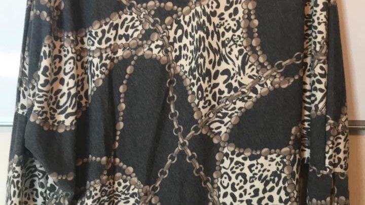 Leopard batwing top