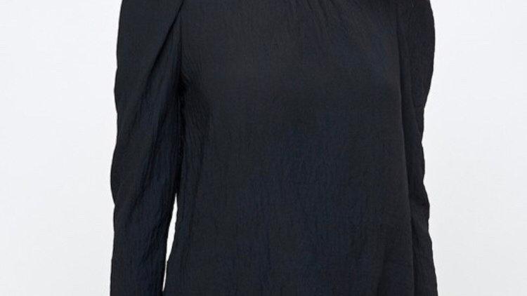 Puff sleeve black top