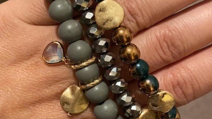 Green & gold bracelet set