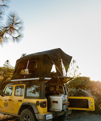 Jeep RV rental with full kitchen