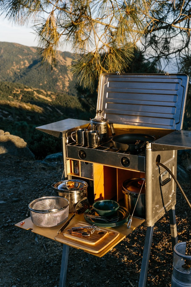 Kanz Outdoors Kitchen