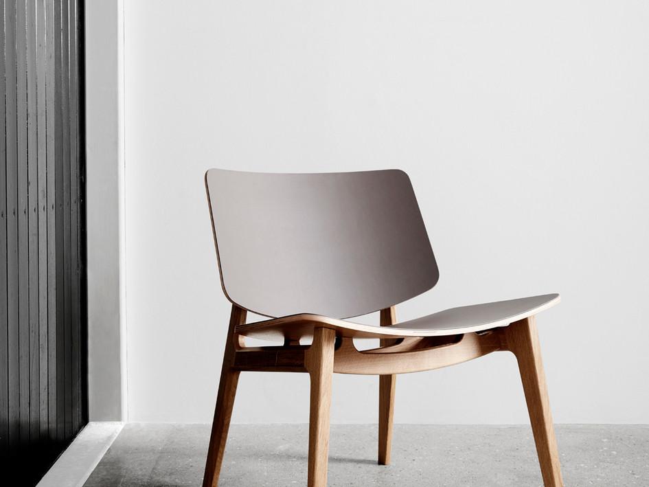 Freya Lounge by Magnus Olesen