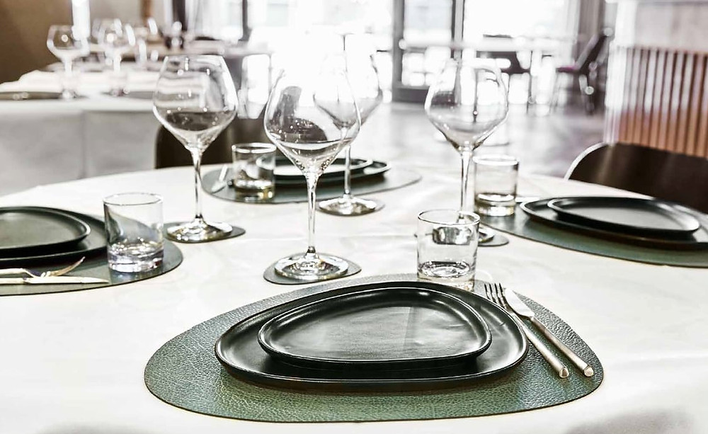 Table mats and stoneware from Lind DNA