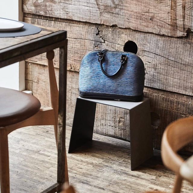New BAG-UP Stool elevates restaurant experience