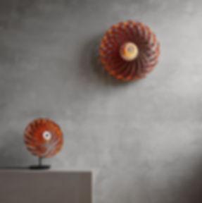 TR5_table+wall_alu_copper_light_on_edite