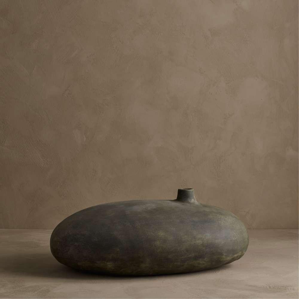 Submarine vase