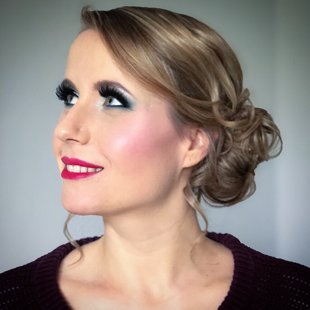Bühnen Frisur & Make-Up