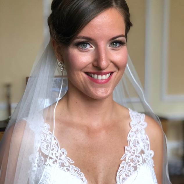 Brautstyling mit Schleier