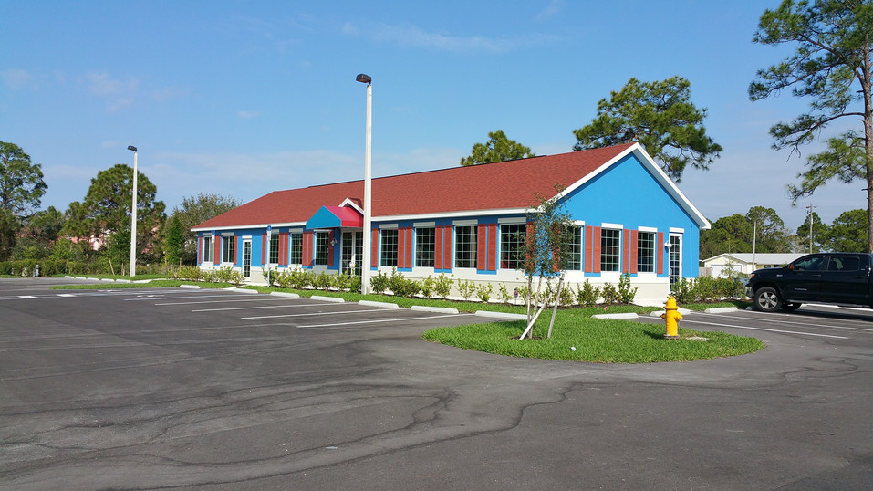 Another TCI Project Comes to a Close and Deb's Seafood in Lehigh Acres is Now Open
