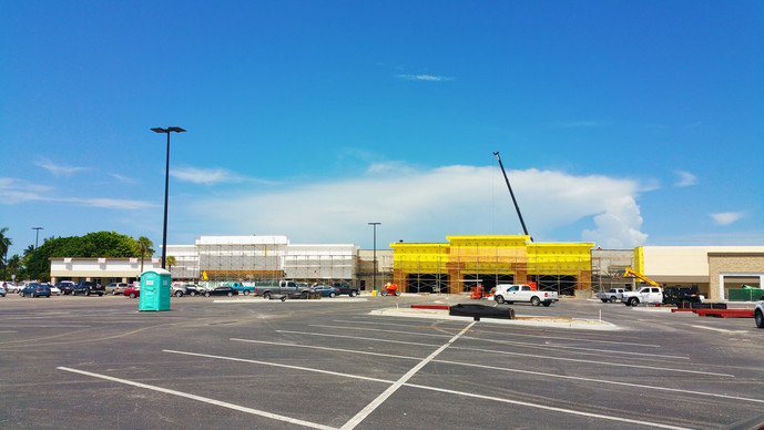 North Naples Park Shore Plaza Construction Well Under Way