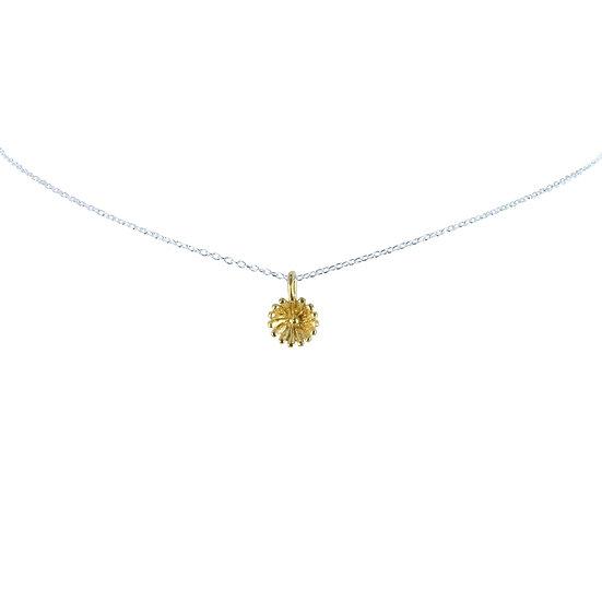 Dainty Flower Necklace