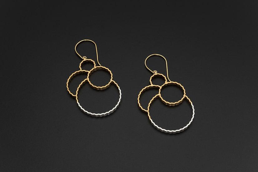 Two Tone Crimped Multi-Circle Earrings
