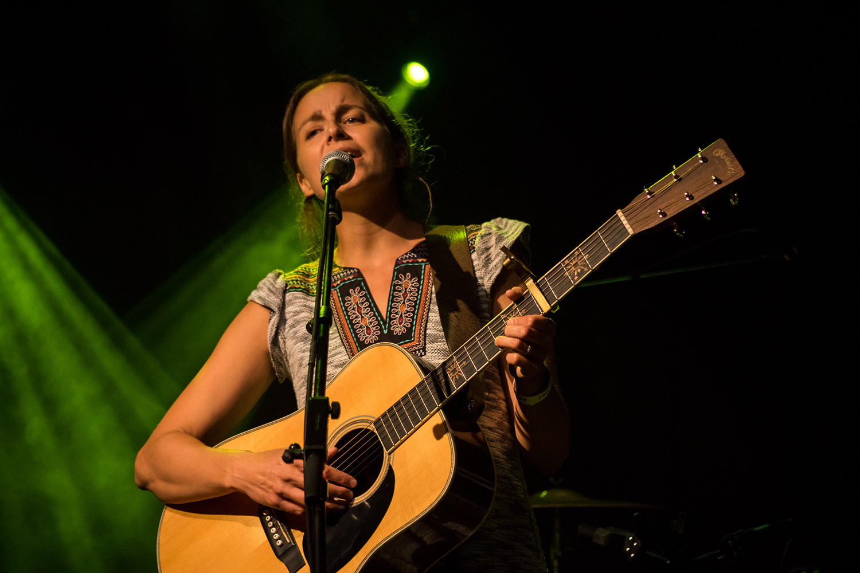Under the Oak | Maggie Pope | ECM Productions