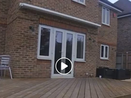 Installation of bi-folding doors: a time-lapse video