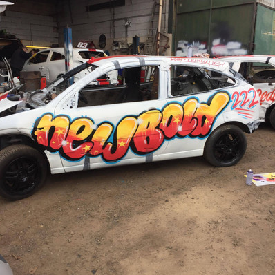 Newbold 222's ford focus, Spray paint style