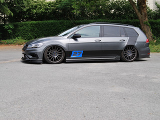 Volkswagen Golf Break Striping