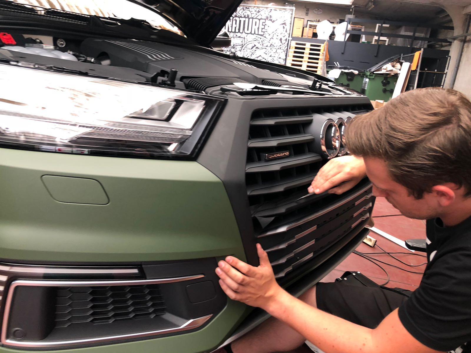 Audi Q7 E-Tron Black Pack