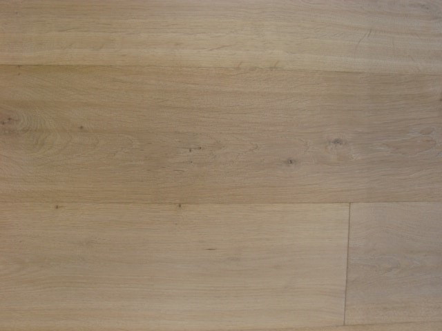 Oak Avalon - Wirebrushed & Handscraped.j