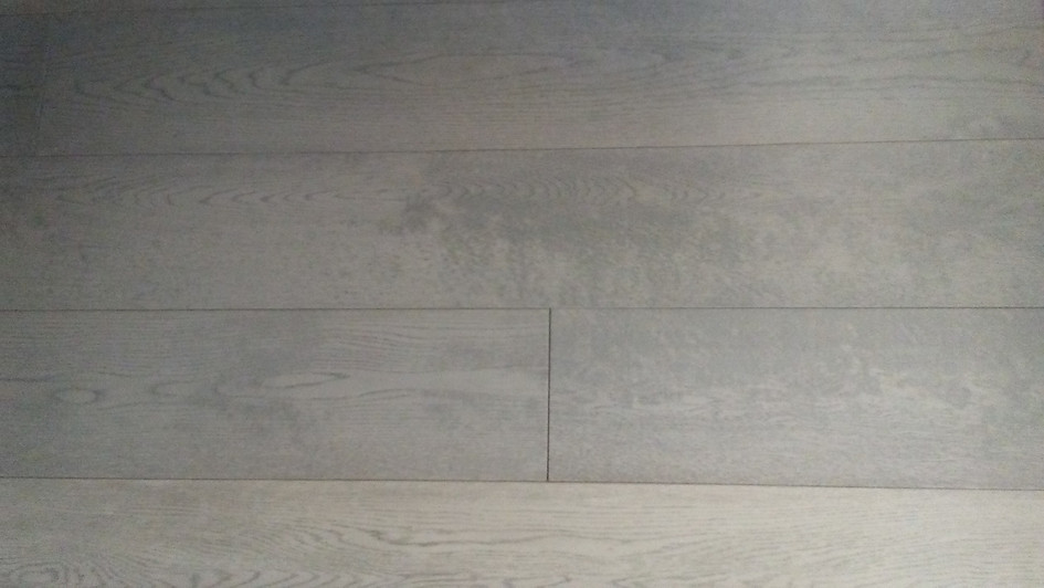 Oak Green Grey - Wirebrushed Eng.jpg