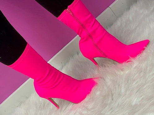 """""""Poppin"""" Pink Bootie"""
