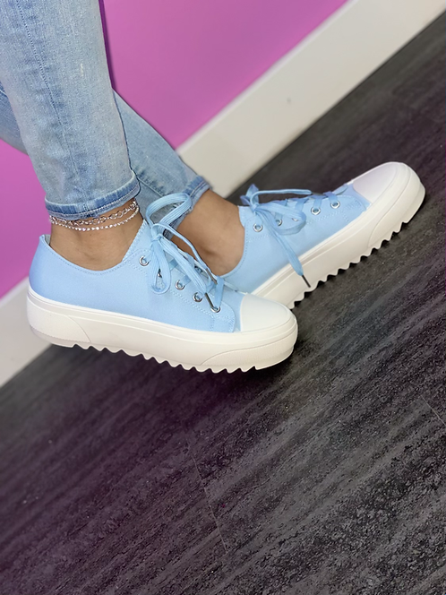 """CANDI"" BabyBlue Sneaker"