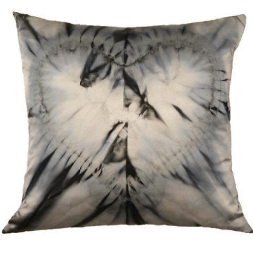Aviva Stanoff One Love in Labradorite Cushion