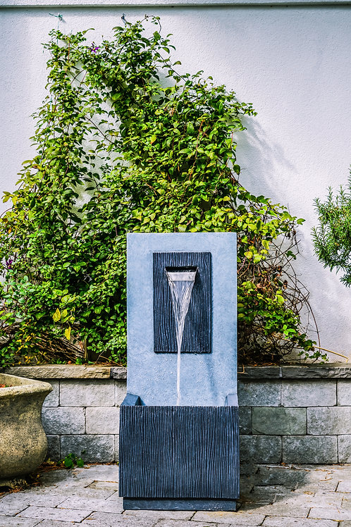 Outdoor Contemporary Water Feature in Cement H81Cm