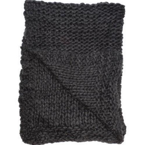 Aviva Stanoff Chunky Knit Merino Wool Throw in Charcoal