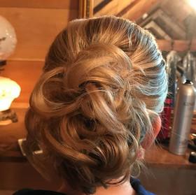 Weddings #lovewhatido #hairstylist #make