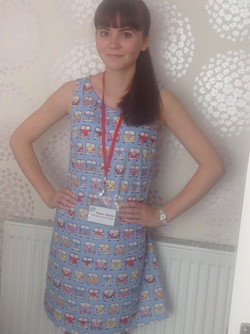 Eleanor and her shift dress