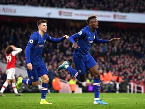 Chelsea remonta ante Arsenal y se queda con el Derbi de Londres