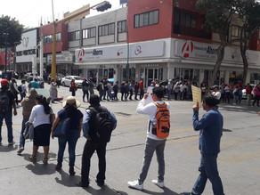 Maestros vuelven a bloquear en el centro de Tuxtla