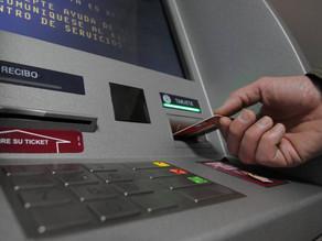 Bancos niegan problemas de distribución de efectivo