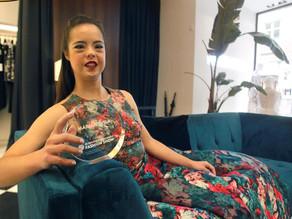 Premian a modelo española con síndrome de Down