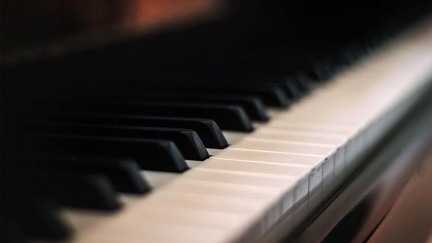 Piano-close-up